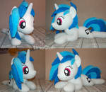 Vinyl Scratch [large plush toy]
