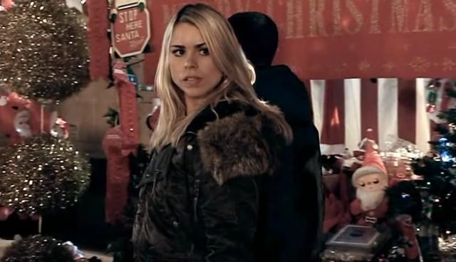 2x01-Christmas-Invasion-Screencap-Rose-Tyler-rose- by Laurenthebumblebee