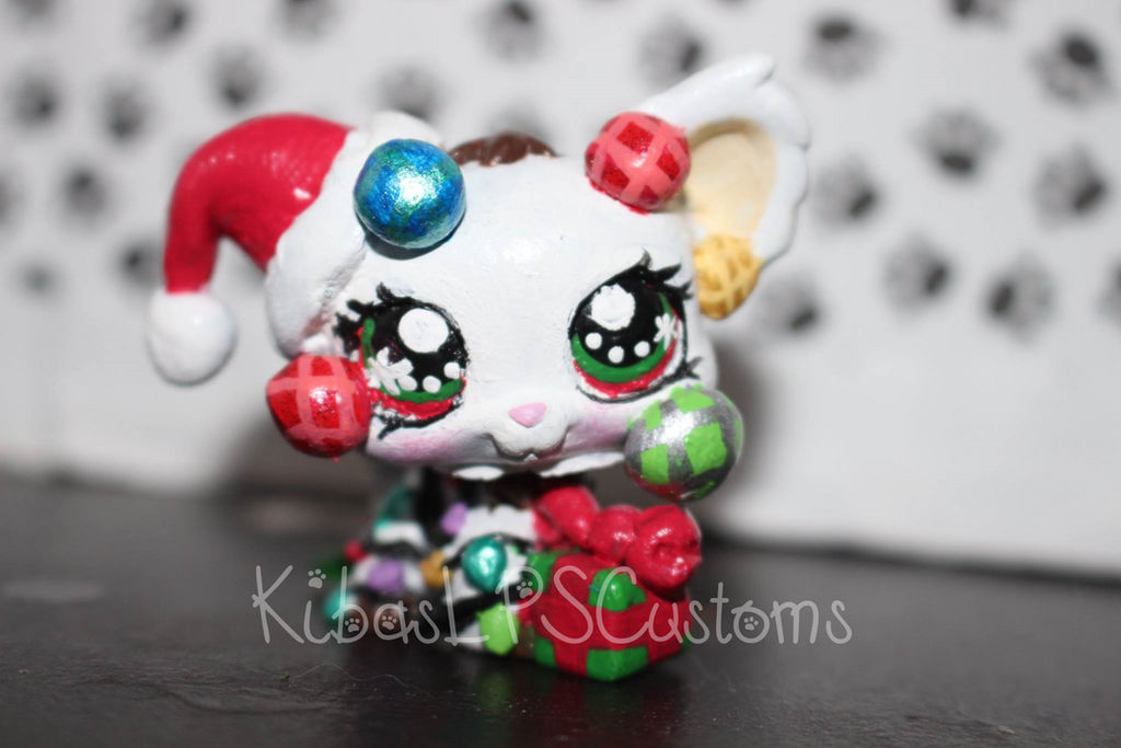 LPS Christmas Holiday White Chihuahua Puppy Santa by