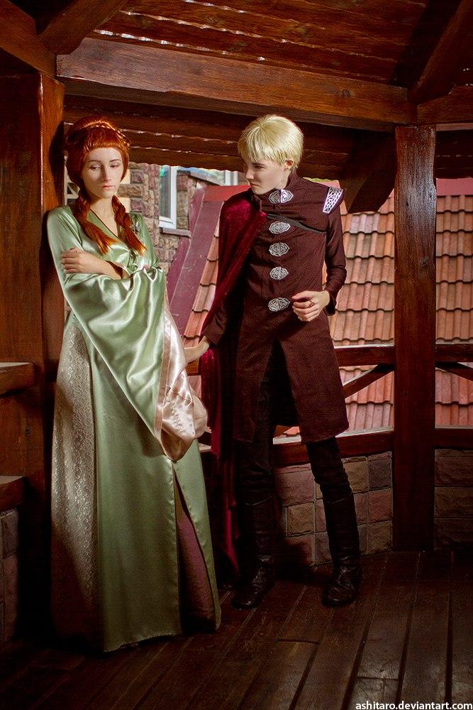 Joffrey Baratheon and Sansa Stark cosplay by Shredinger-Cat