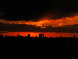 London Skyline Sunset 8 by syndicateproductions