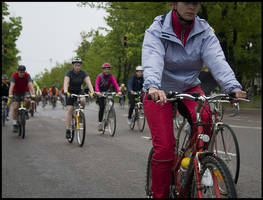 Bicycle Race IV by aare