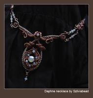 Daphne necklace by bodaszilvia