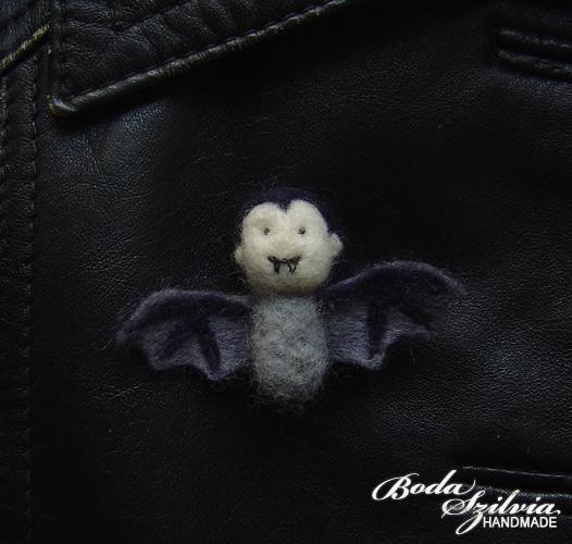 Lugi on a brooch by bodaszilvia