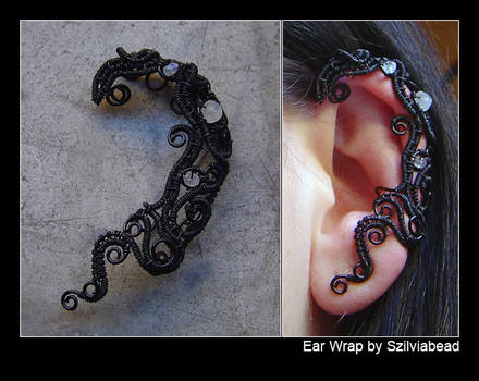 Ear wrap_black and moonstones