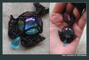 Danu pendant by bodaszilvia