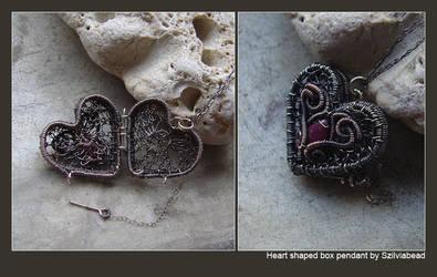 Heart Shaped box by bodaszilvia