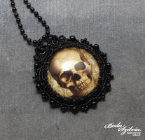 'Captured collection' - skull necklace by bodaszilvia