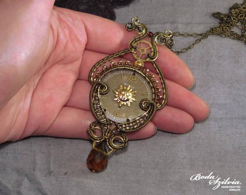Victoriana Necklace