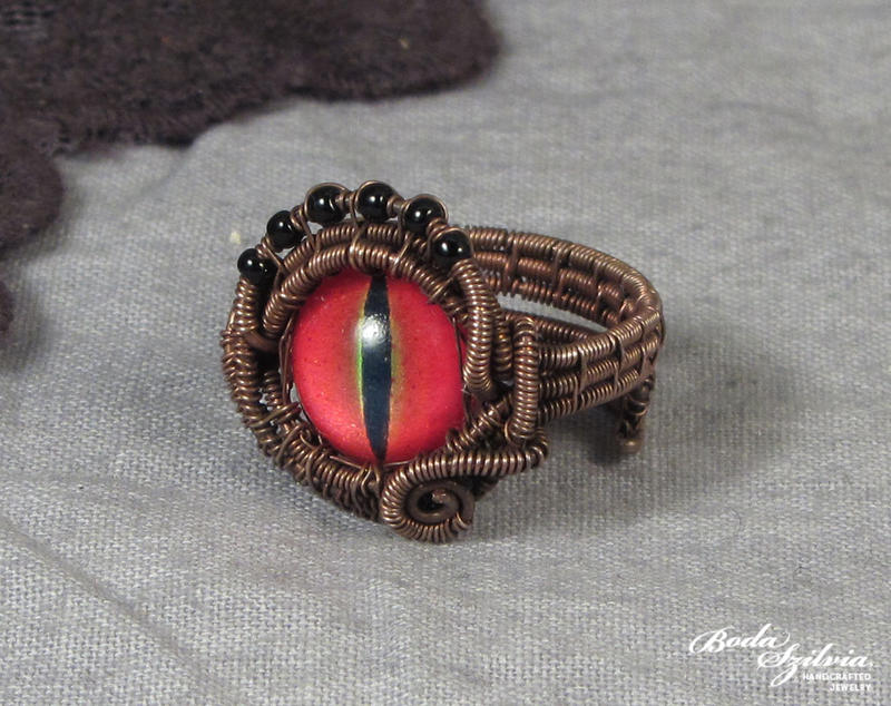 Dragon eye ring by bodaszilvia