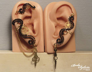 Time keper steeampunk ear cuff set by bodaszilvia