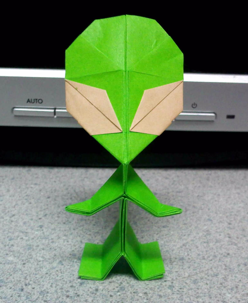origami alien 1 by theorigamiarchitect on deviantart