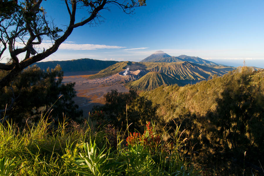 Bromo by lansakit
