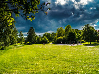 Sneaky summer weather by photodeus