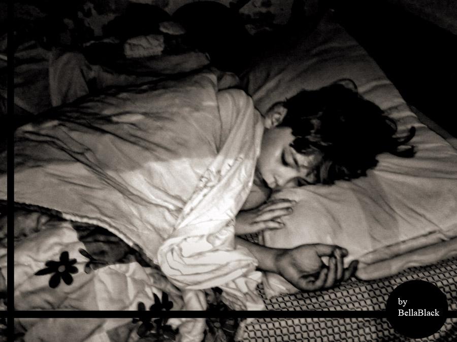 Galeria de fotos de Ms.Robinson/Pond/Cooper/Idris Sleepy_by_bellablackphotos-d5o3sas