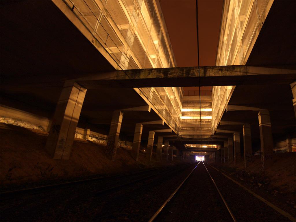 Sur la ligne de RER by krevet