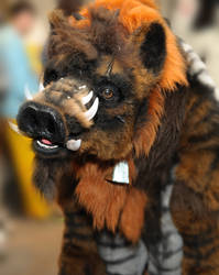 Quadsuit Toby the Klingon Targ by Beetlecat