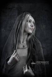 portrait mystic by pollina