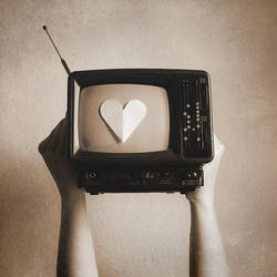Put Yer Heart on Display by xaliaz