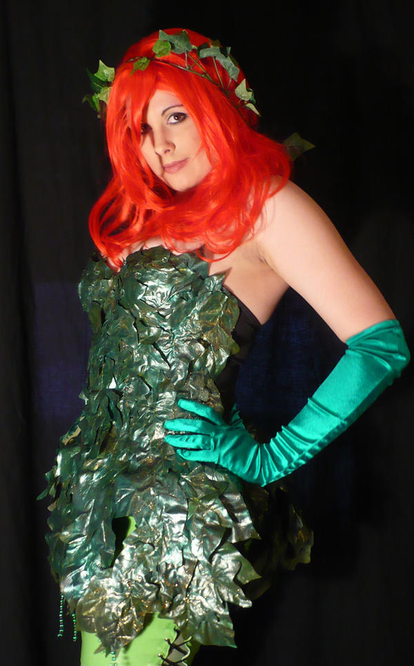 Poison Ivy Cosplay by plunderherz