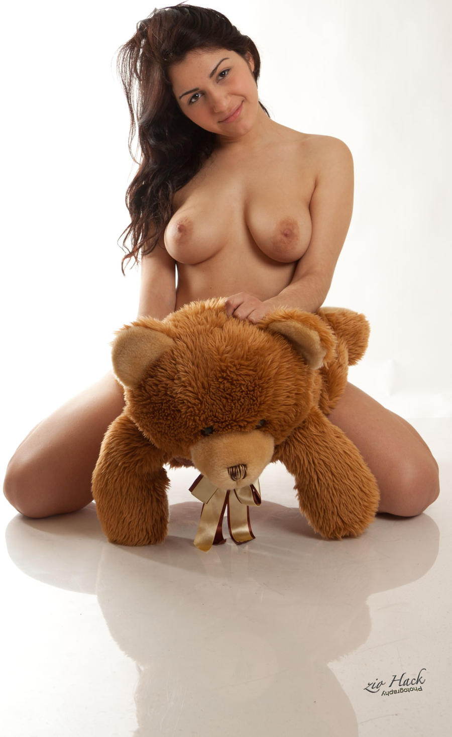 Apologise, Bear and naked women Has understood