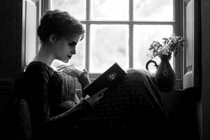 Reading by sisi1995