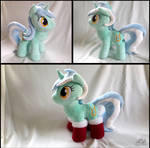 Lyra with Socks