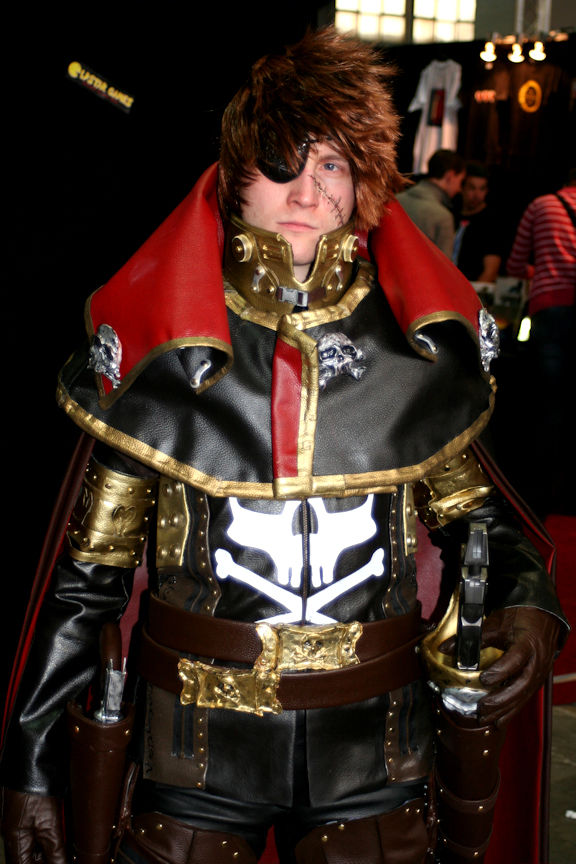 Cosplay Captain Harlock / Albator by CosplayQuest