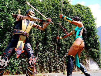 Cosplay Scorpion and Jade by CosplayQuest