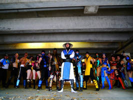 Cosplay Scorpion and the Mortal Kombat team