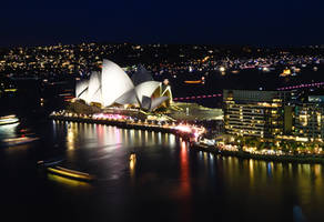 opera house by andthecowsgobaa