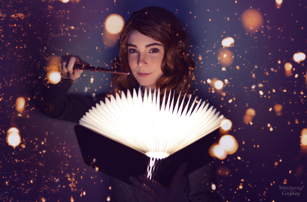 Hermione Cosplay by WhiteSpringPro