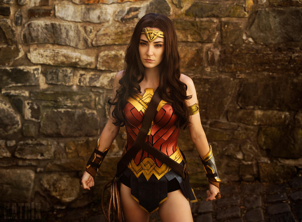 Wonder Woman Cosplay by WhiteSpringPro