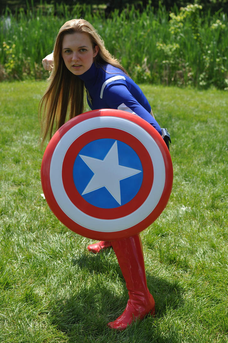 Captain America by luciuskwok