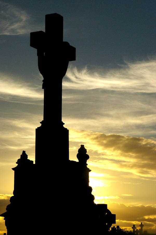 headstone sunset by bunnyolove