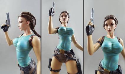Lara Croft Tomb Raider resin statue2 by Art-Of-Chiara