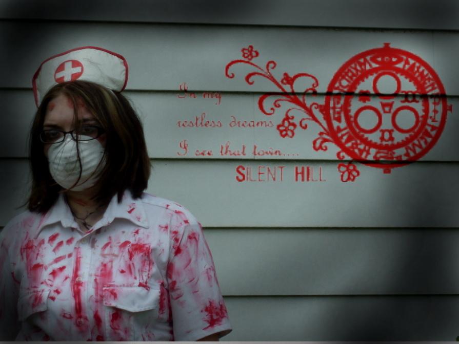 http://fc06.deviantart.net/fs31/f/2008/206/e/d/silent_hill_edit_by_Littlescreamer666.jpg