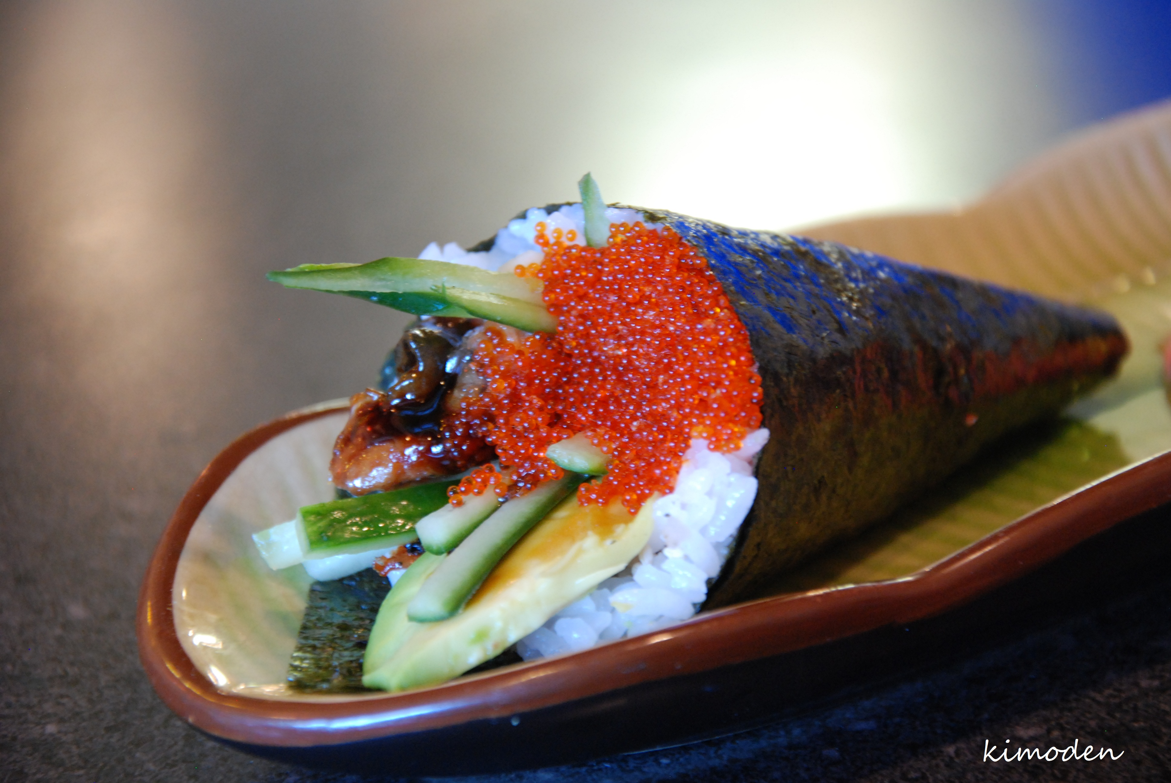 how to make a sushi cone
