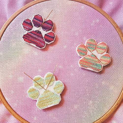 Cross Stitch Cat Paws - Needleminders by shingorengeki