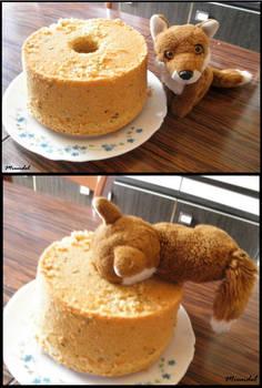 Myu and the cake's hole