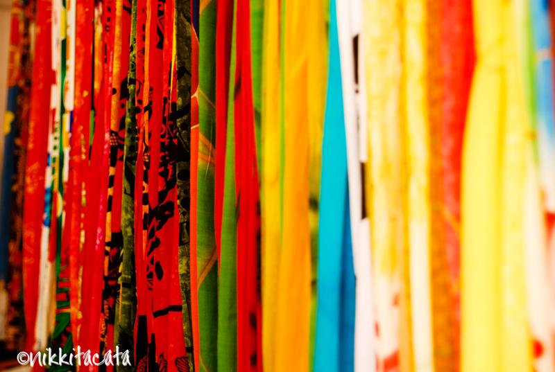 jiffpom with no cloth wallpaper - photo #35