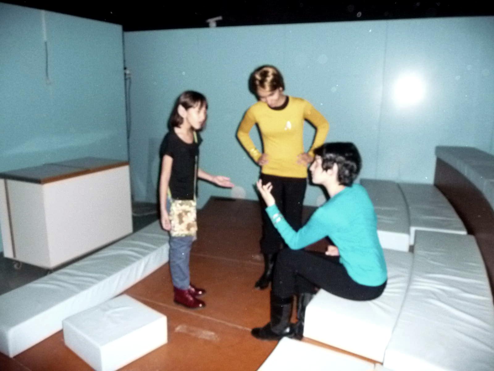 Vulcan conversation by killhawkeye