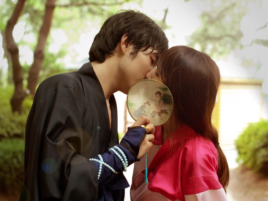 Cosplay- Inuyasha: Miroku and Sango kiss? lol 1 by CinnamonRing