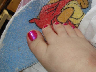 Red chubby toes