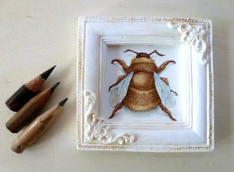 Bee Miniature by VKart