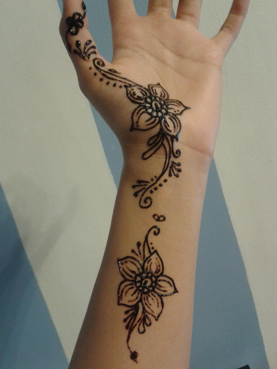 Another Henna Design :)