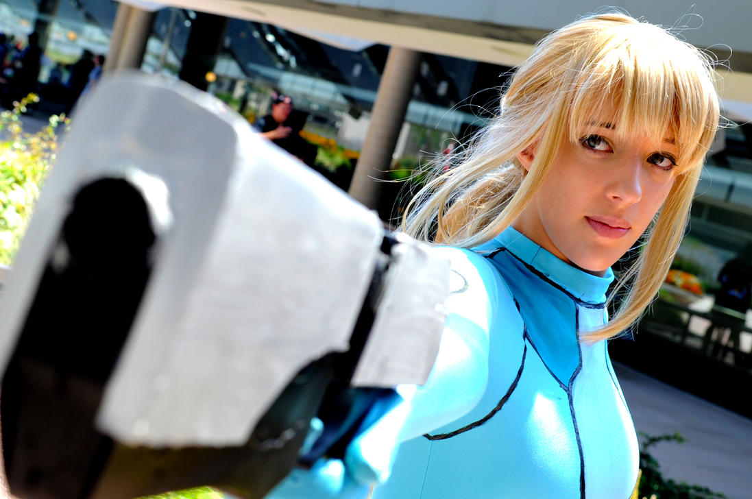 Otakon 2011 Zero Suit Samus by DarkGyraen