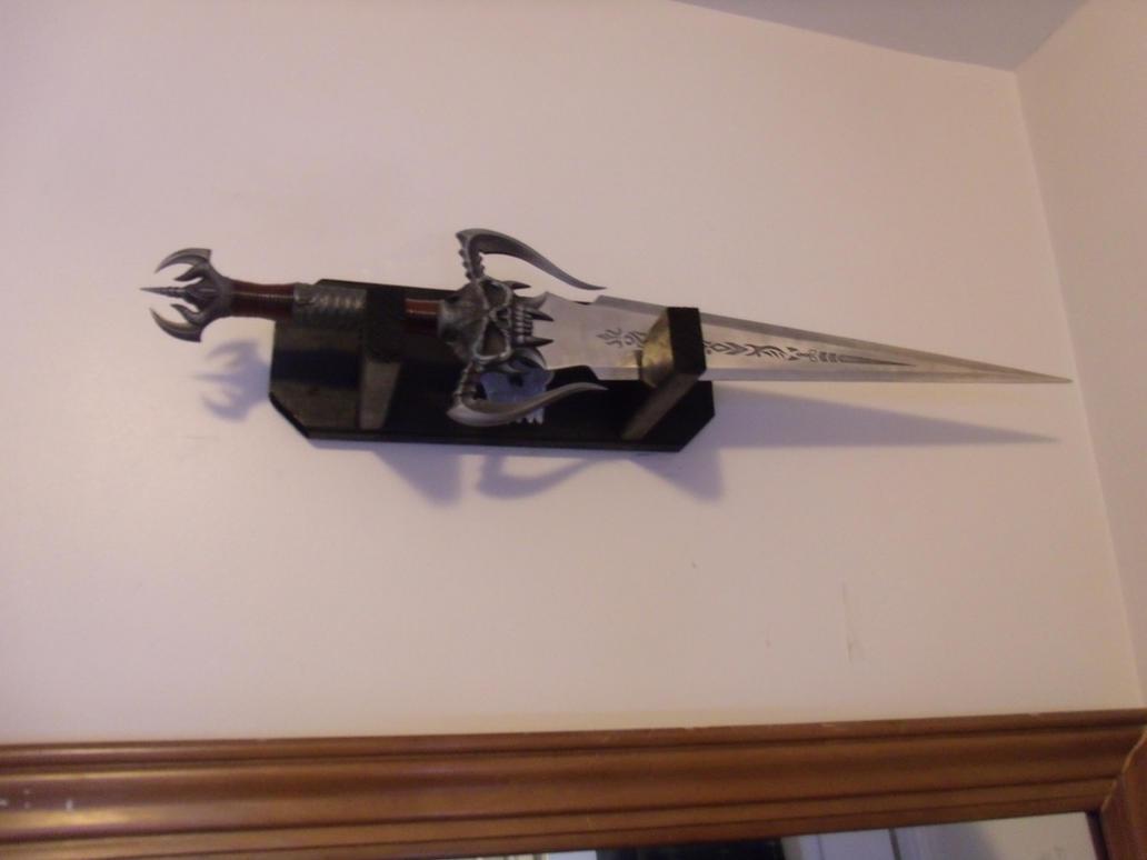 Sword by akutskil0ver