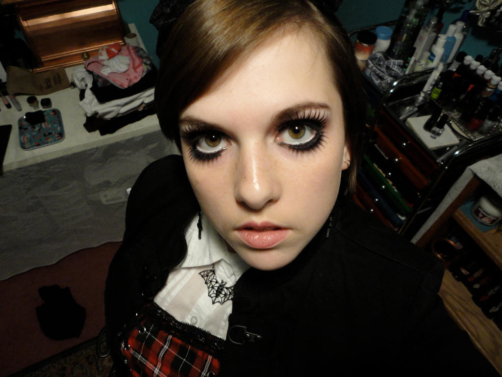 Gothic Doll Makeup By Rooki3cooki3