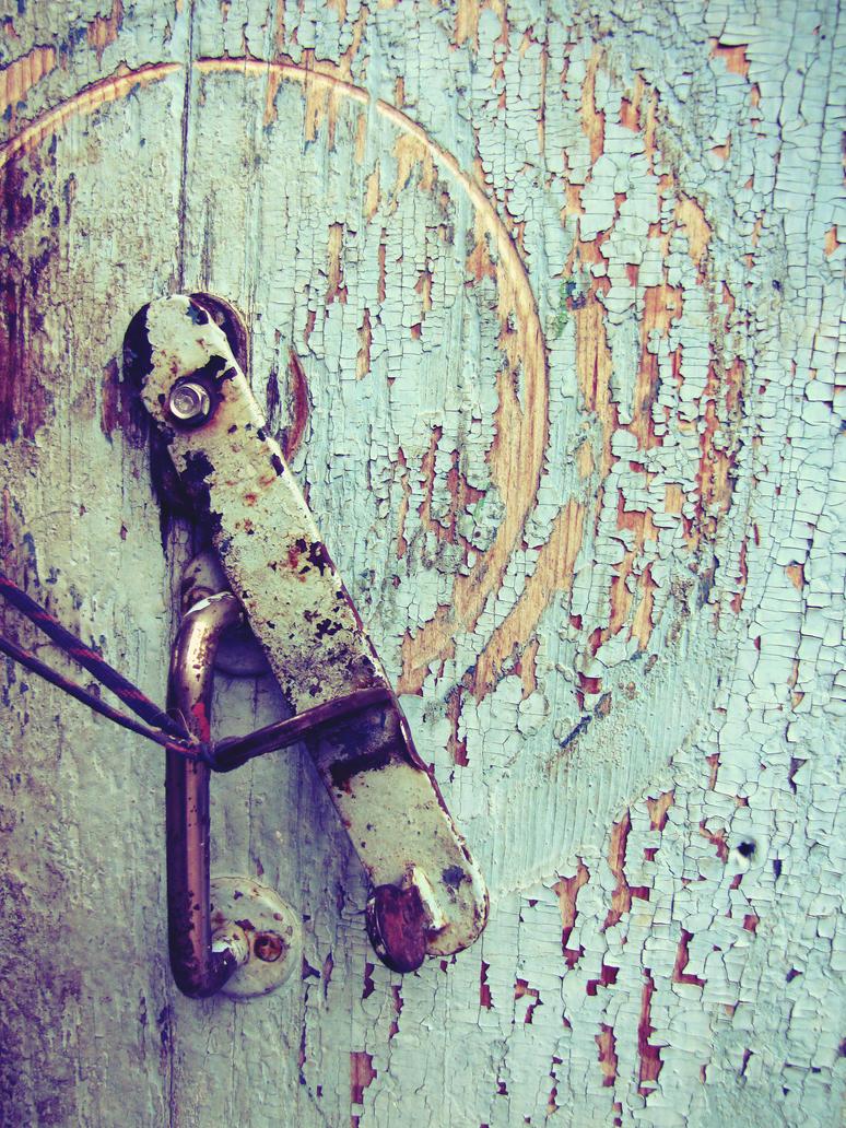 close door by bezumie
